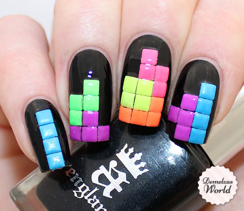 Tetris Nails Thumb