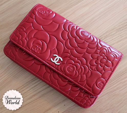 Chanel - WOC Camelia Red 11