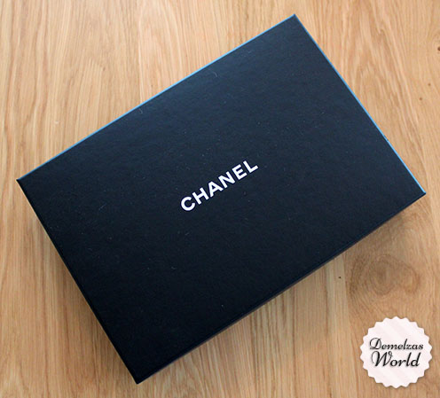Chanel - WOC Camelia Red 2