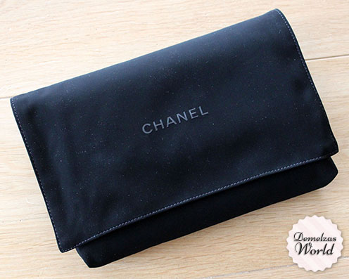 Chanel - WOC Camelia Red 3