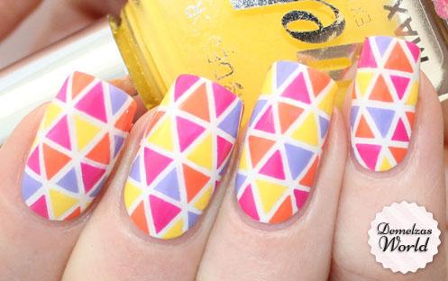 Deborah Milano - Triange Nail Art Thumbnail