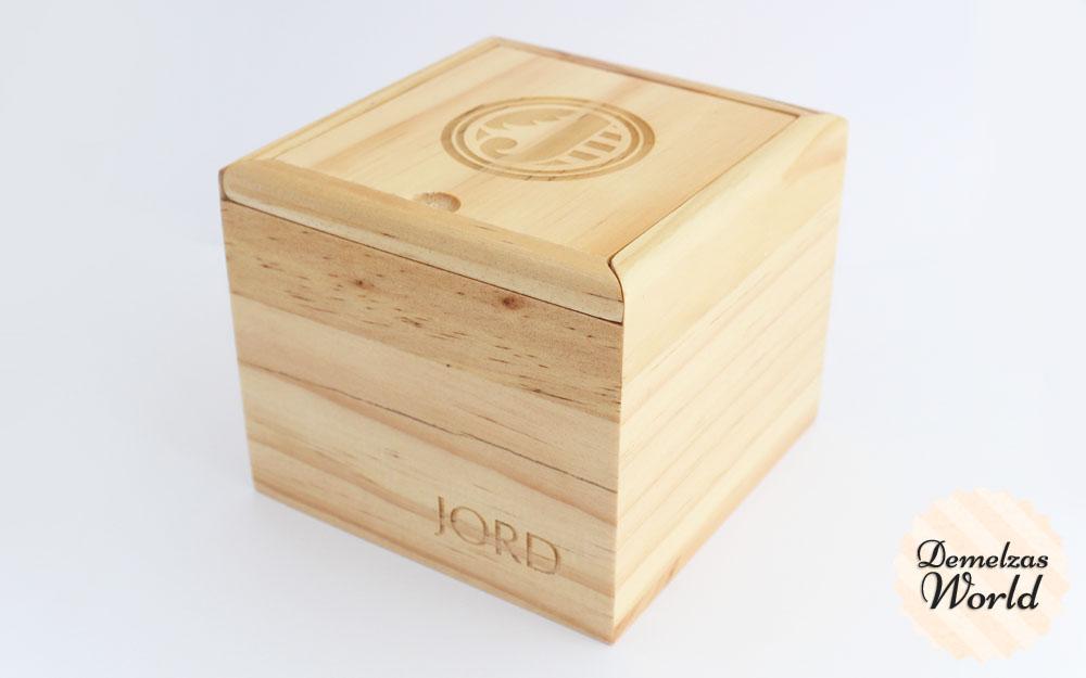 Jord Fieldcrest Zebrawood & Maple 1