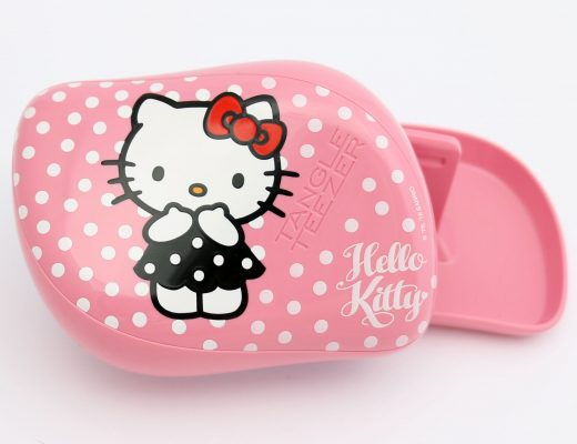 hello-kitty-tangle-teezer-thumb